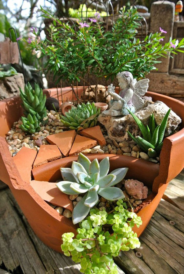 Broken Flower Pots Make Whimsical Fairy Gardens