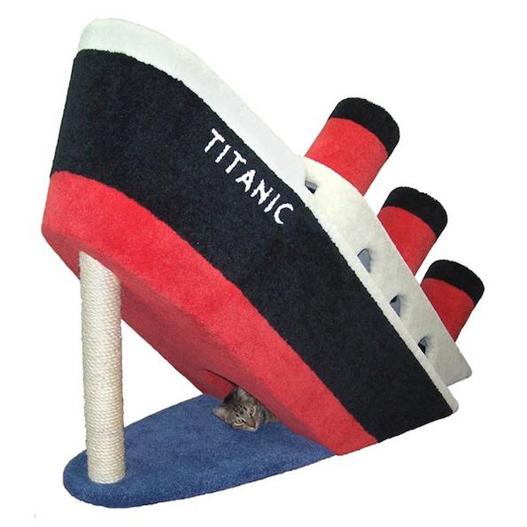 titanic-cat-condo-2