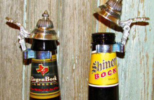 A Stein Lid For Beer Bottles Is Hilarious AND Convenient