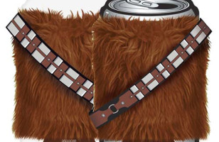 Keep Your Drink Cold & Furry With This Chewbacca Koozie