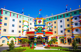 An Awesome LEGO Themed Hotel Opens Up At LEGOLAND