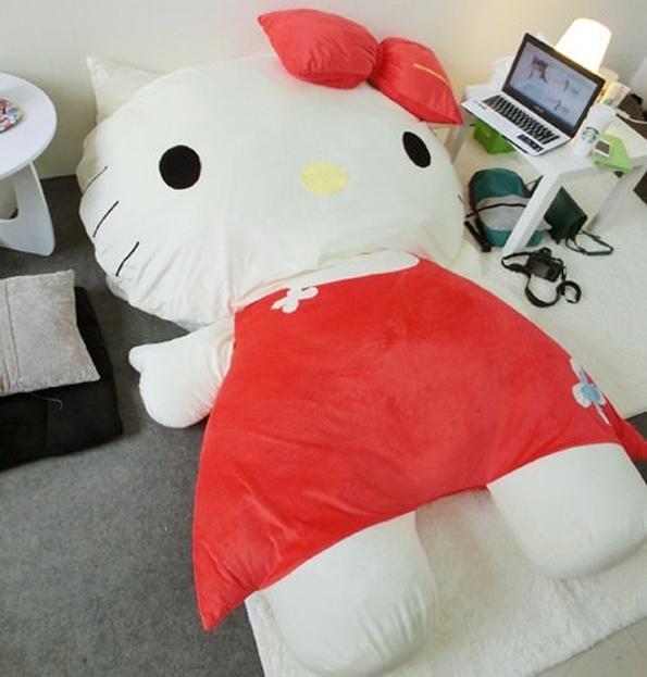 hello-kitty-bed