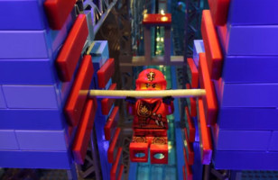Minifigs Do A LEGO American Ninja Warrior Obstacle Course