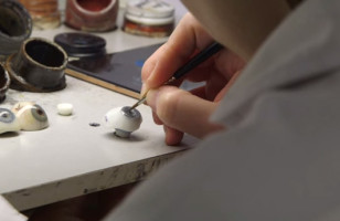 Whoa, You Have Got To See How A Prosthetic Eye Is Made