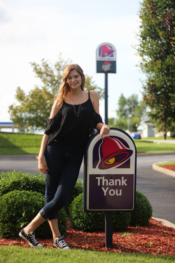 taco-bell-senior-pictures-8