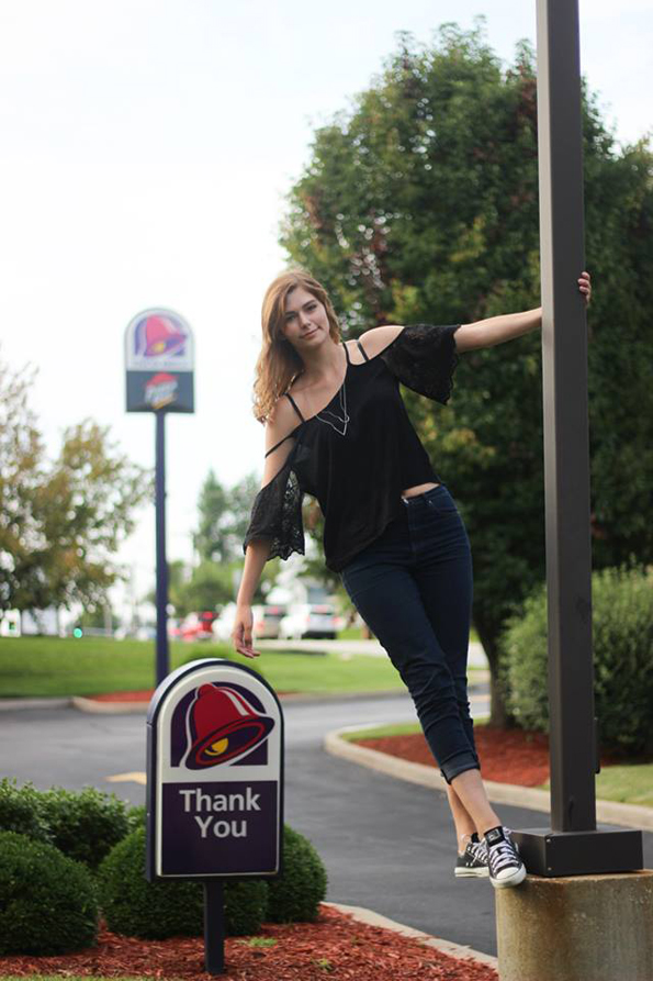 taco-bell-senior-pictures-9
