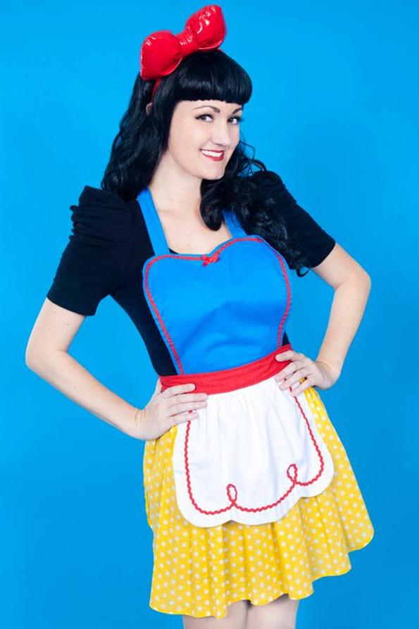 disney-princess-aprons-3