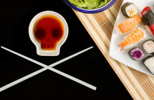 The Skull Soy Dish Set Is A Reminder Of Your Mortality