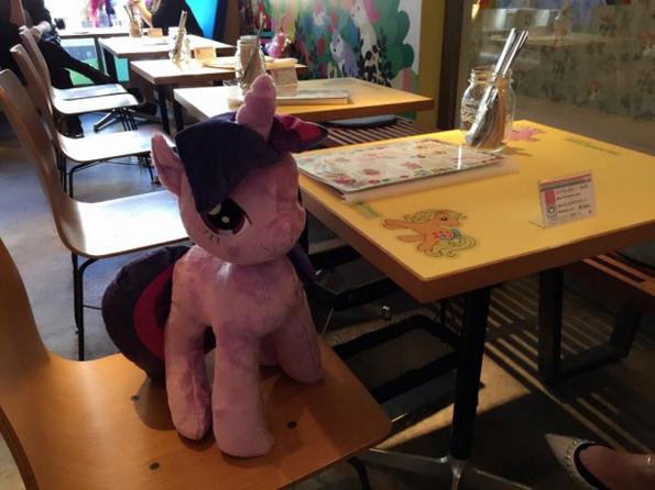 my-little-pony-cafe-6