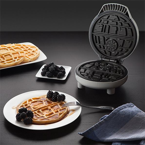 death-star-waffle-maker-2
