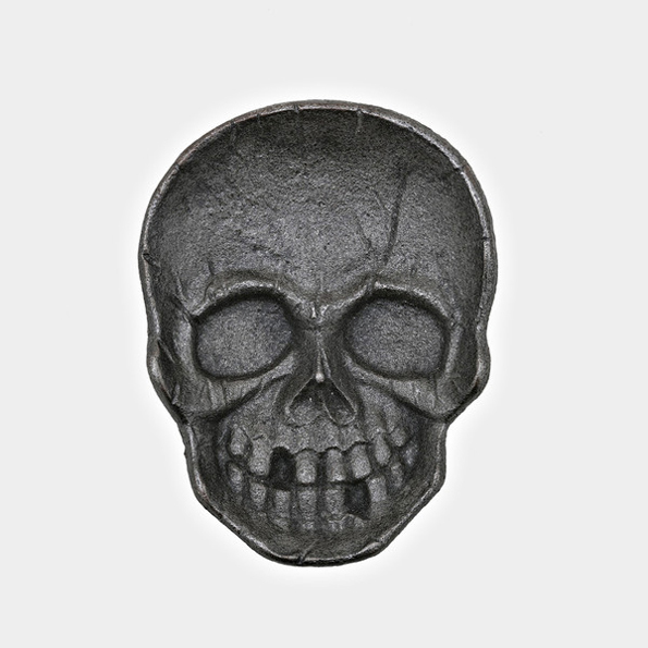 cast-iron-skull-dish