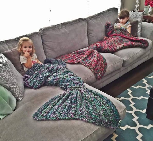 Crochet Patterns For Mermaid Blanket : A Cute And Cozy Crocheted Mermaid Blanket