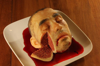 A New York-Based Nurse Makes These Creepily Realistic Cakes