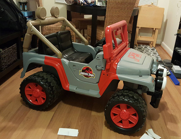 jurassic-park-power-wheels-2