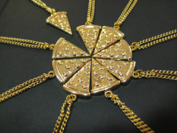 pizza-bff-necklaces