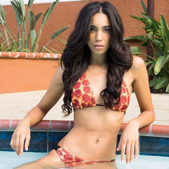 pizza-bikini-1-595x596