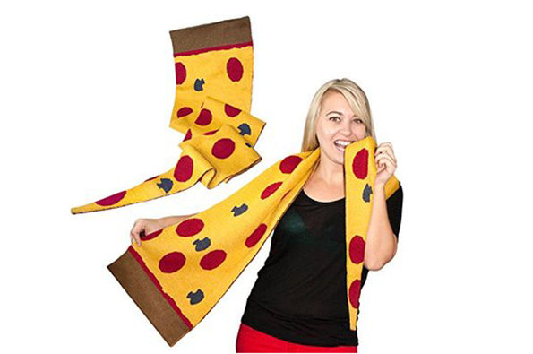 pizza-scarf