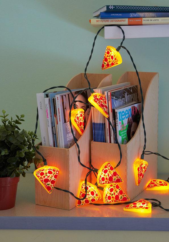pizza-string-lights