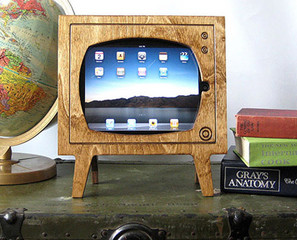 The iPad Goes Retro With Wooden TV Frame